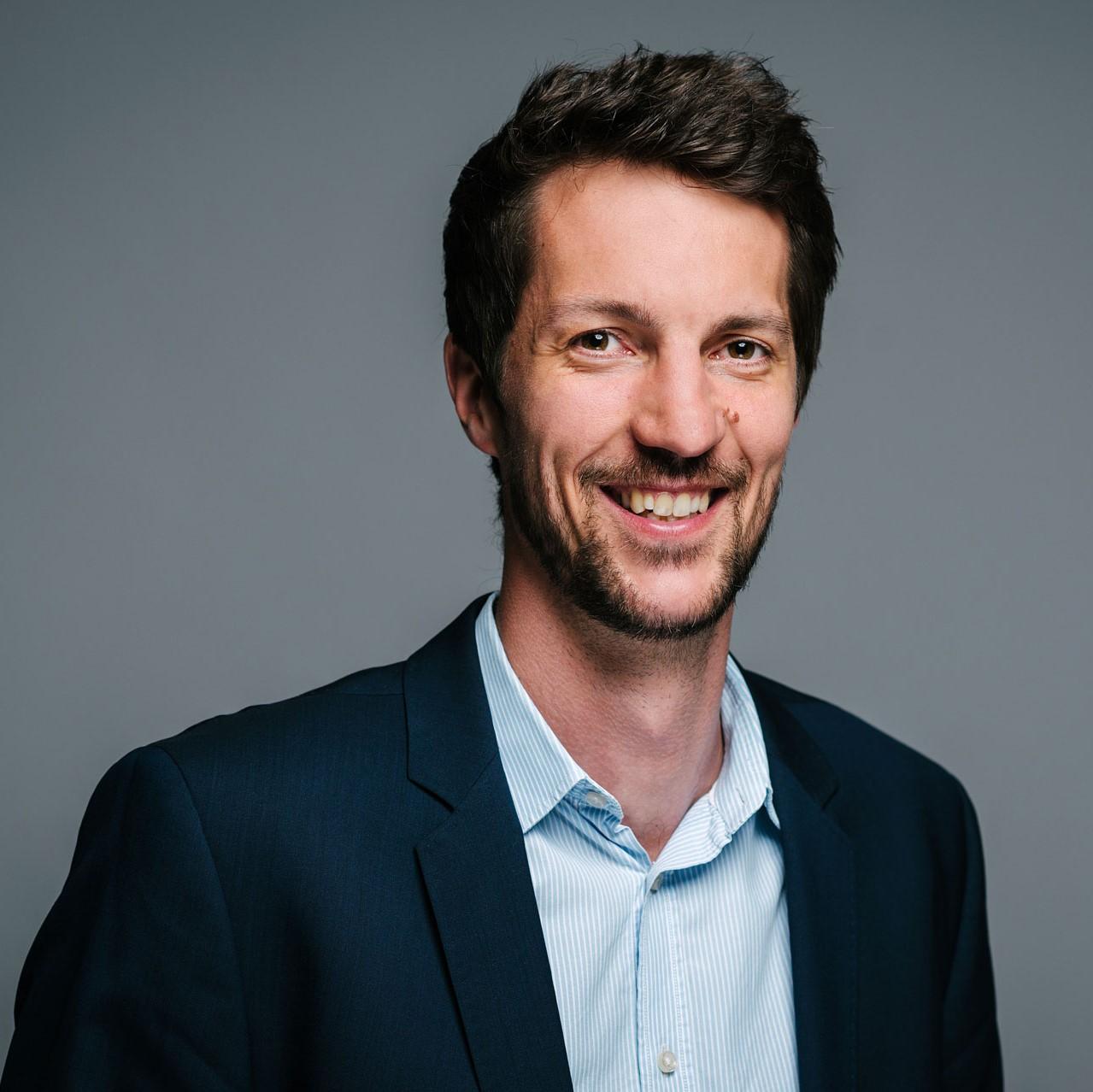 Dr. Jan Schächtele